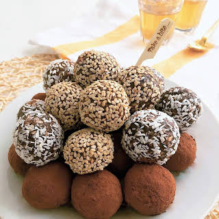 Healthy Date Truffles – No Cook.