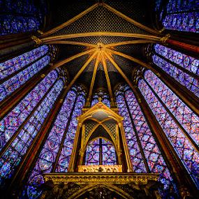 The Altar within St. Chapelle by Dee Zunker - Buildings & Architecture Architectural Detail ( paris, sainte-chapelle, europe, île-de-france, france, building, interior, worship )