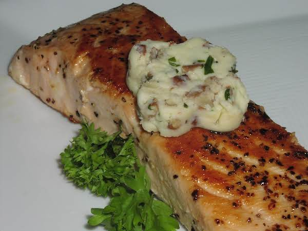Grilled Salmon With Pecan Butter