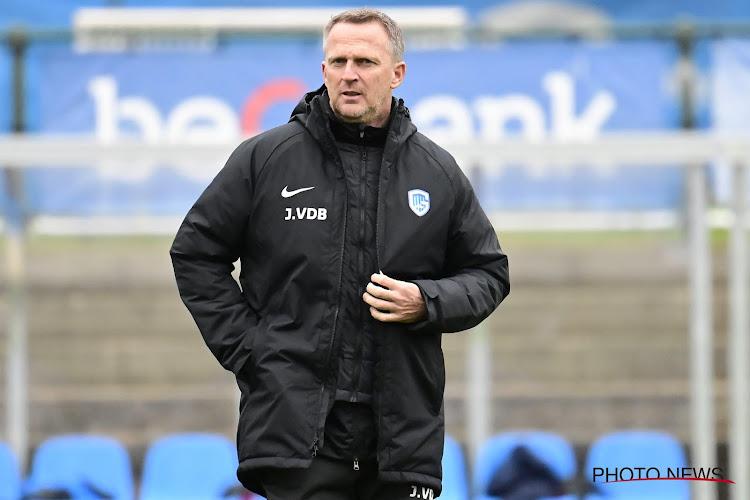 """Spelers van Utrecht lazen vertrek trainer op het internet: """"Ik kon niks zeggen"""""""