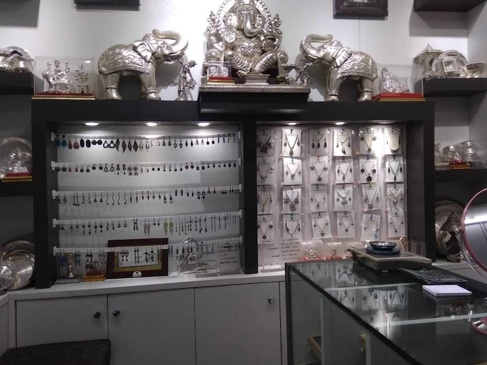 bridal-jewellery-sets-delhi-jewelleria-the-silver-shop_image