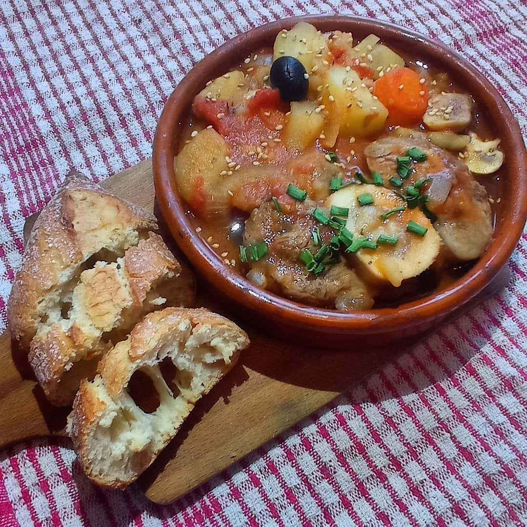 Une image contenant alimentation, table, plat, repas  Description générée automatiquement