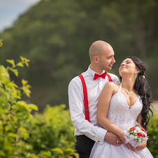 Wedding photographer Vladimir Sinyavskiy (Vladimirovich). Photo of 04.08.2014