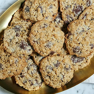 Flourless Oatmeal Chocolate-Chip Cookies.