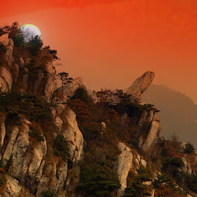 Lushan National Park. Mist on Lu Shan mountain. by Xiufen Gu - Landscapes Mountains & Hills ( poorlighting, whs, worldheritagesite, difficult, lushan, misty, unesco, china,  )