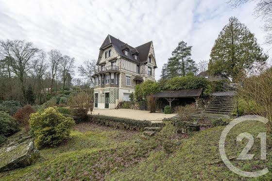 Vente villa 10 pièces 264,65 m2