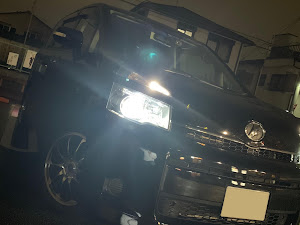 ヴォクシー ZRR70G のカスタム事例画像 kotaさんの2018年10月27日00:06の投稿