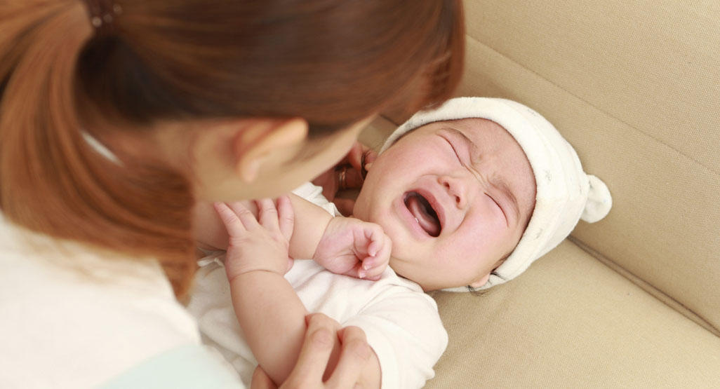 baby crying due to yeast diaper rash