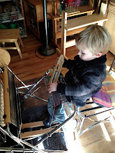 Photo: as young as 3 1/2 yrs can weave on the saori piccolo loom. how cute is this? he loved it.