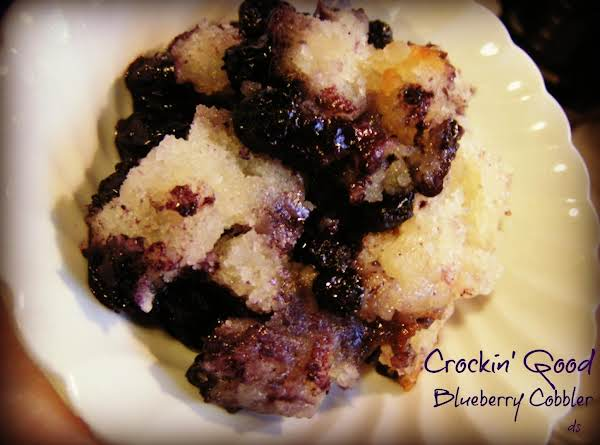 Crockin' Good Blueberry Cobbler Recipe