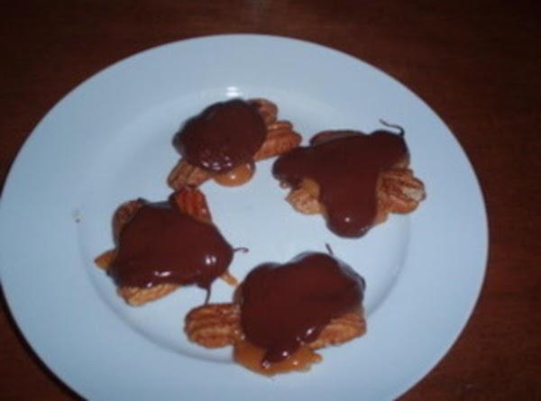 Caramel Turtles Recipe