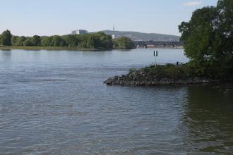 """Photo: Na Prístavnom moste je už určite zápcha, tu je doslova """"svätý pokoj"""""""