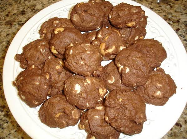 Chocolate White Chocolate Chunk Cookies Recipe