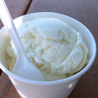 Easy 2-Ingredient Vanilla Ice Cream (No Ice Cream Maker Needed).