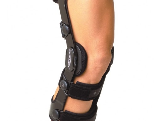 94bcb7218a Donjoy 4Titude CI Ligament Knee Brace for ACL and/or PCL