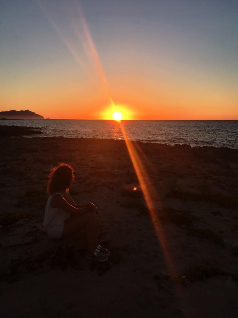 Tramonto sull' Isola di Favignana di alessia_mastrodomenico