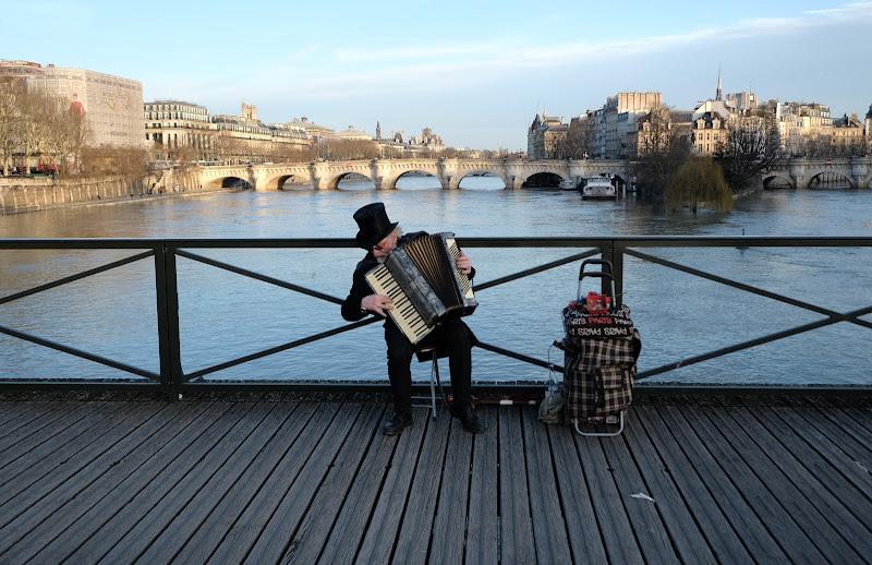 Sous le ciel de Paris di clic