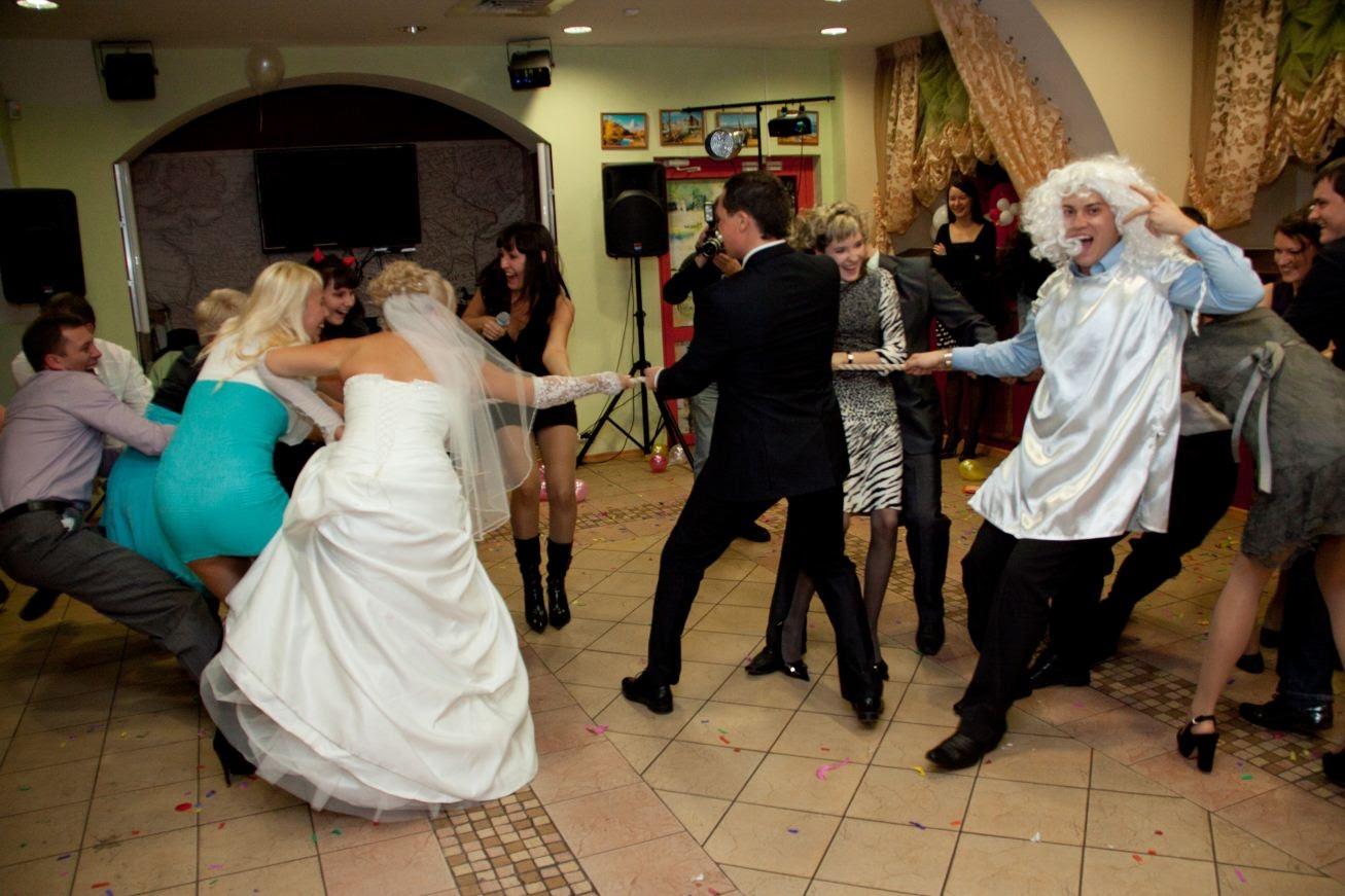 Свадебные конкурсы для гостей прикольные без тамады