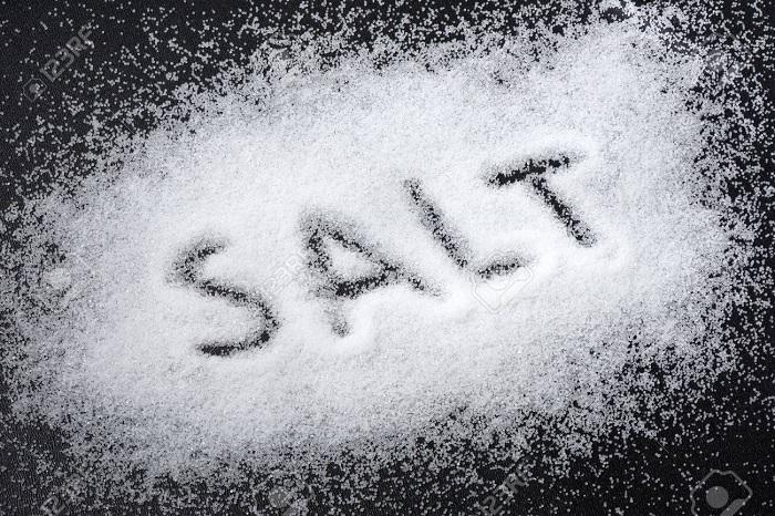 Muối giúp giảm viêm, sưng tấy vùng kín