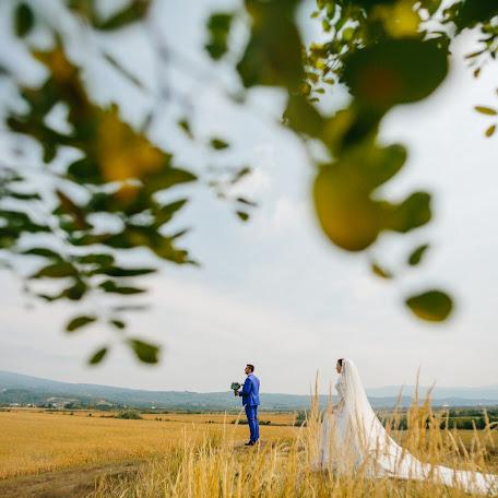 Wedding photographer Oleg Oparanyuk (Oparanyuk). Photo of 28.09.2016
