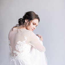 Wedding photographer Kseniya Alevtina (alevtina21). Photo of 09.03.2018