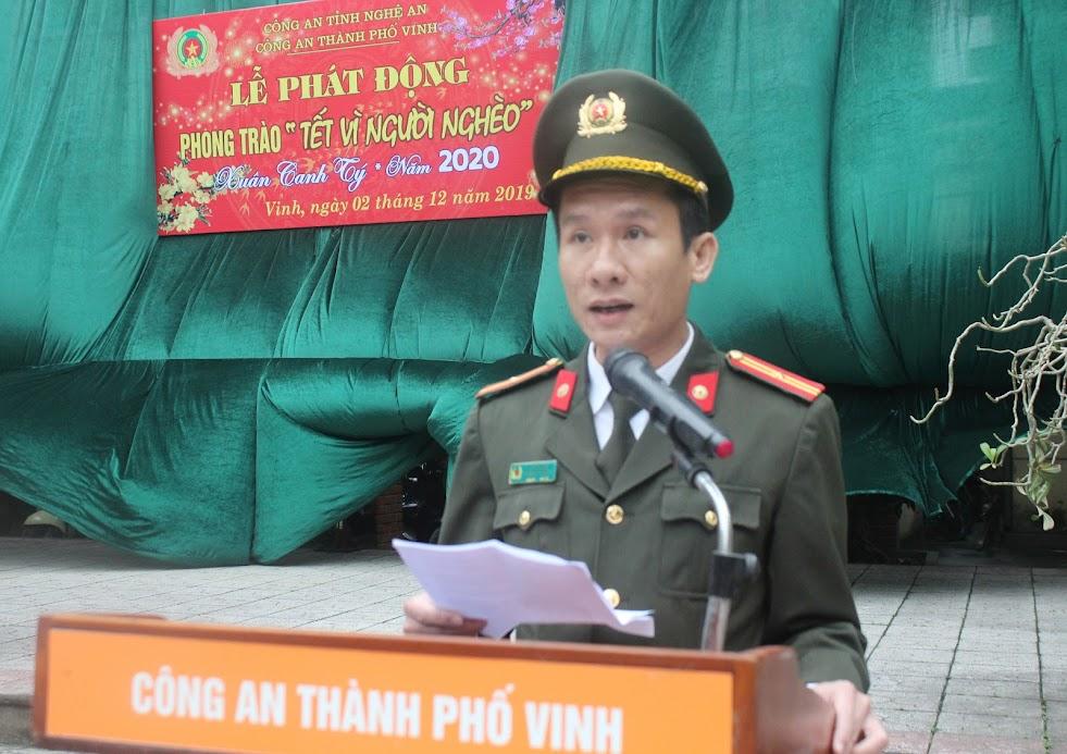"""Thiếu tá Lê Đức Dũng, Phó Trưởng Công an TP Vinh phát động hưởng ứng """"Tết Vì người nghèo"""""""