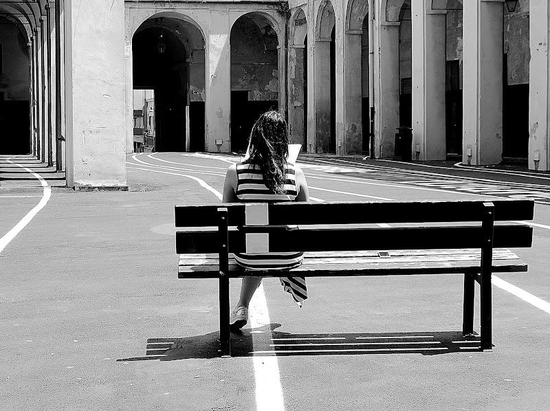Panchina in linea di Naldina Fornasari
