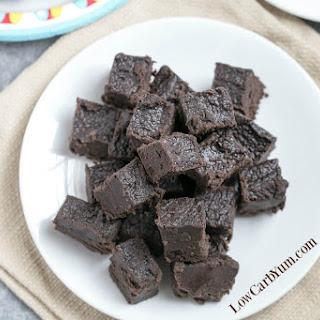 Cream Cheese Dark Chocolate Keto Fudge.