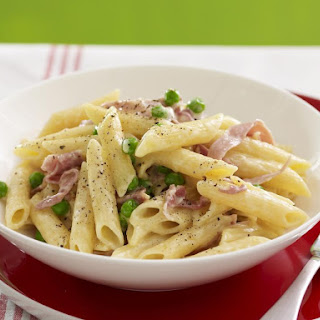 Penne with Prosciutto and Peas