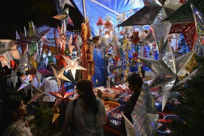 christmas-decor-shopping-in-bangalore_shivaji_nagar