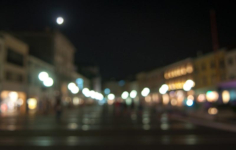 luna piena in piazza di Giovi18