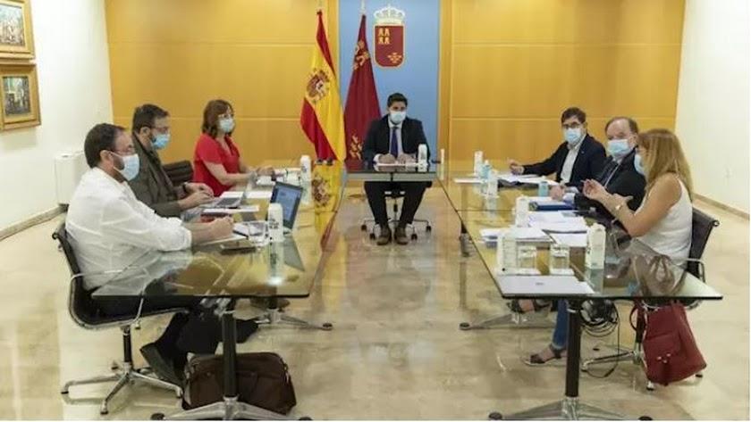 Reunión del Comité de Seguimiento Covid-19 de Murcia. Foto: Gobierno regional