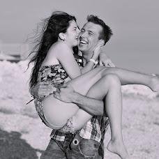 Wedding photographer Marina Kuznecova (marsya). Photo of 20.04.2014