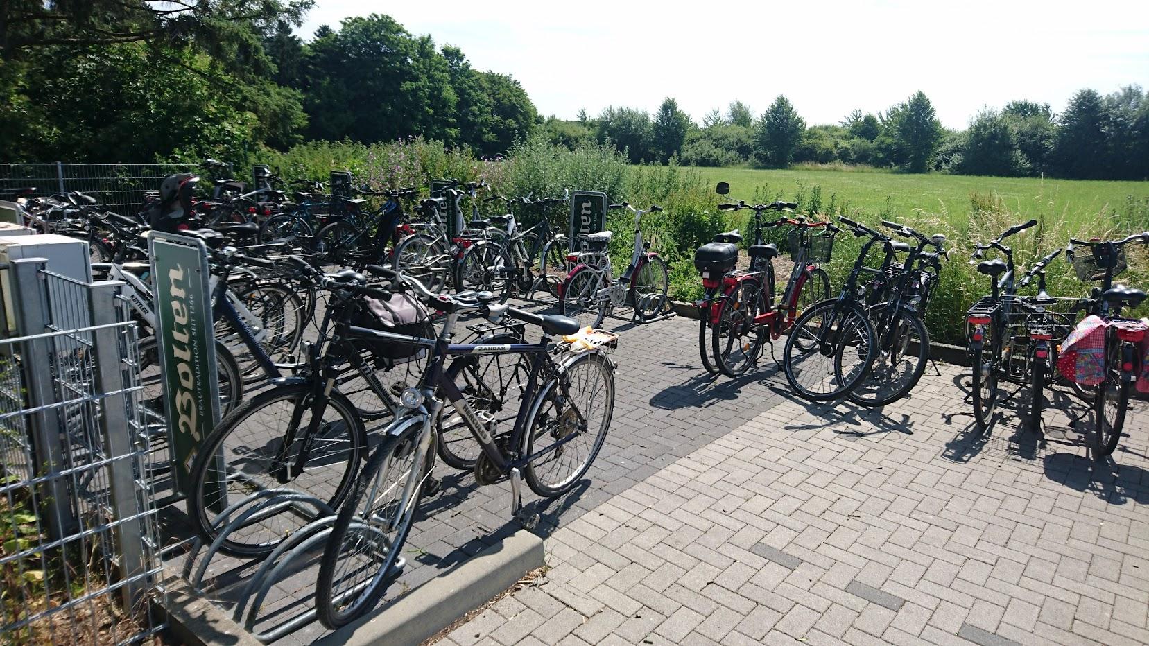 BOLTENs Picknick Biergarten Fahrrad