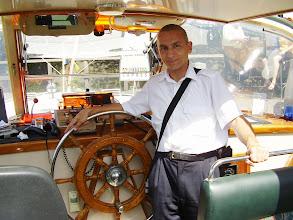 Photo: Hajó kormányánál - Amsterdam 2006 július