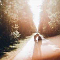 Wedding photographer Yuriy Meleshko (WhiteLight). Photo of 25.10.2017