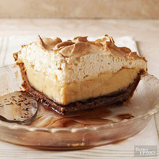Brown-Bottom Butterscotch Cashew Cream Pie