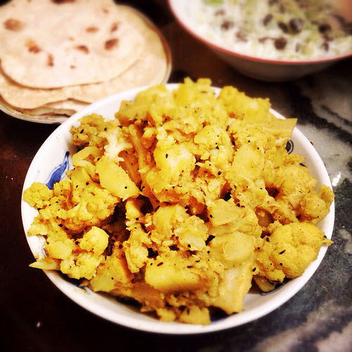 Spicy, Indian, Potato, Cauliflower, Aloo Gobi, dry curry, vegetarian, curry, vegetable,  印式干, 咖喱, 土豆, 烩, 花椰菜, recipe
