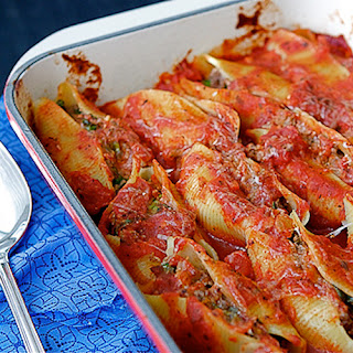 Baked Shells with Beef, Sundried Tomatoes & Spinach