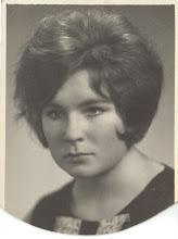 Photo: Adelė Gusčiūtė 1969 m. III kurso Klaipėdos žemės ūkio technikumo moksleivė.