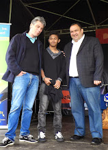 Photo: Sébastien Jumel, maire de Dieppe, Fahim Mohamad, Diego Salazar, président de la FFE