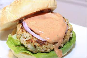 Spicy Shrimp Burger w/Ginger Mayo Cocktail Sauce
