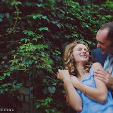 Wedding photographer Elena Zayceva (Zaychikovna). Photo of 09.09.2013
