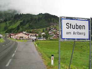 Photo: 10e Dag, zaterdag 25 juli 2009 Bludenz - Imst Dag afstand: 90.5km, Totaal gereden: 979 km . Op weg naar de Arlbergpas. In Stuben begint de echte klim.