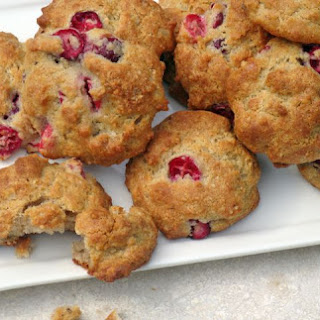 Low-Carb Sugar-Free Cranberry Walnut Cookies.