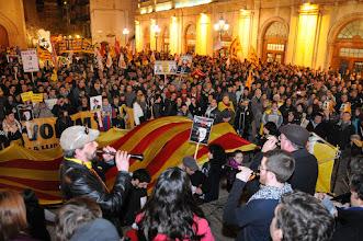 Photo: -18/02/2012. Manifestació a Castelló per reclamar TV3, amb sortida des del Parc Ribalta i parlament final de Vicent Pitarch davant l'Ajuntament.FOTO: PRATS i CAMPS. (contacte: Jesús Prats tel-657697726, mail: pratsicamps@gmail.com )