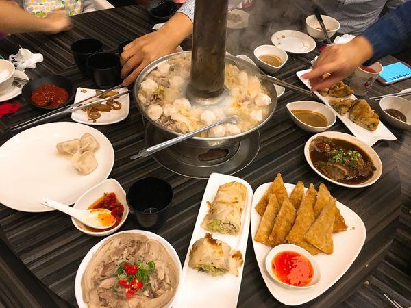 劉家酸菜白肉鍋 家族聚餐的好地方 水餃也好好吃