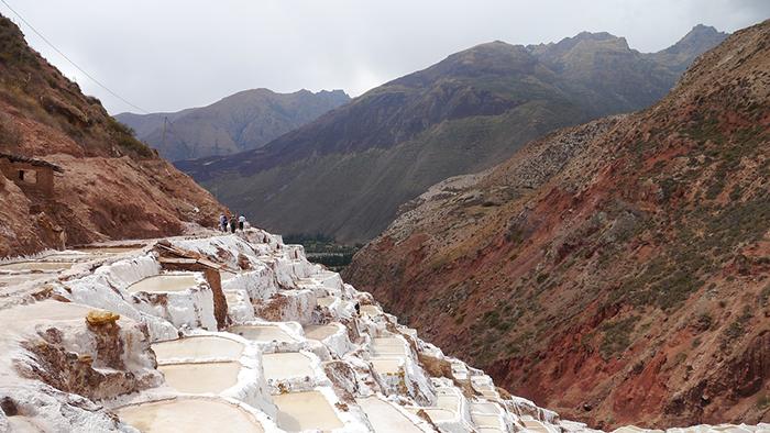Puedes visitar el primer día del año las salinas de Maras