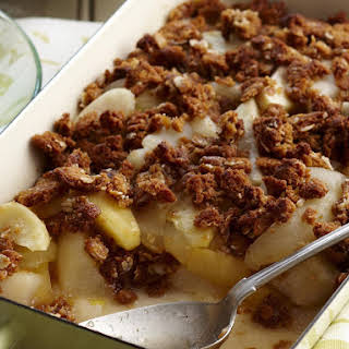 Apple, Pear and Oatmeal Cookie Crumble.