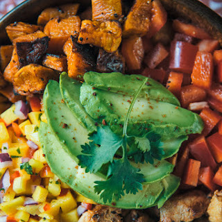 Chicken Fajita Bowl with Mango Salsa.